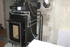 kachelofen Wassertasche Heizungstechnik und Sanitär Reitmayer Adelsried Wärmeerzeuger